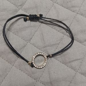 Jewelry - Adjustable bracelet with crystals